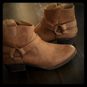 Xoxo harness ankle boots